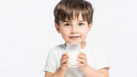 latte-vaccino-bambini-470x264